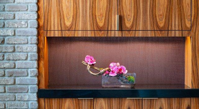 Cabinet Flower