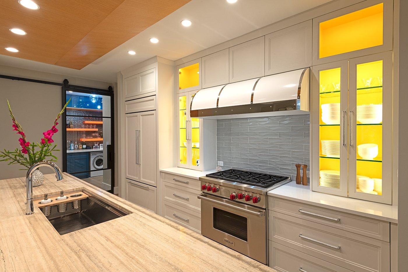 DSC4390 Kitchen2 Lighter 1